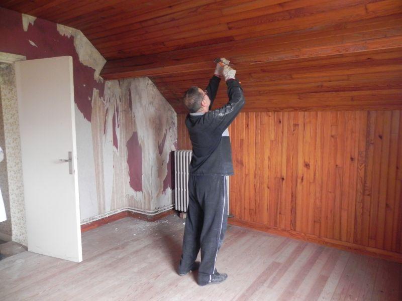 Avanc e des travaux renovation de notre maison for Peindre des lambris en pin